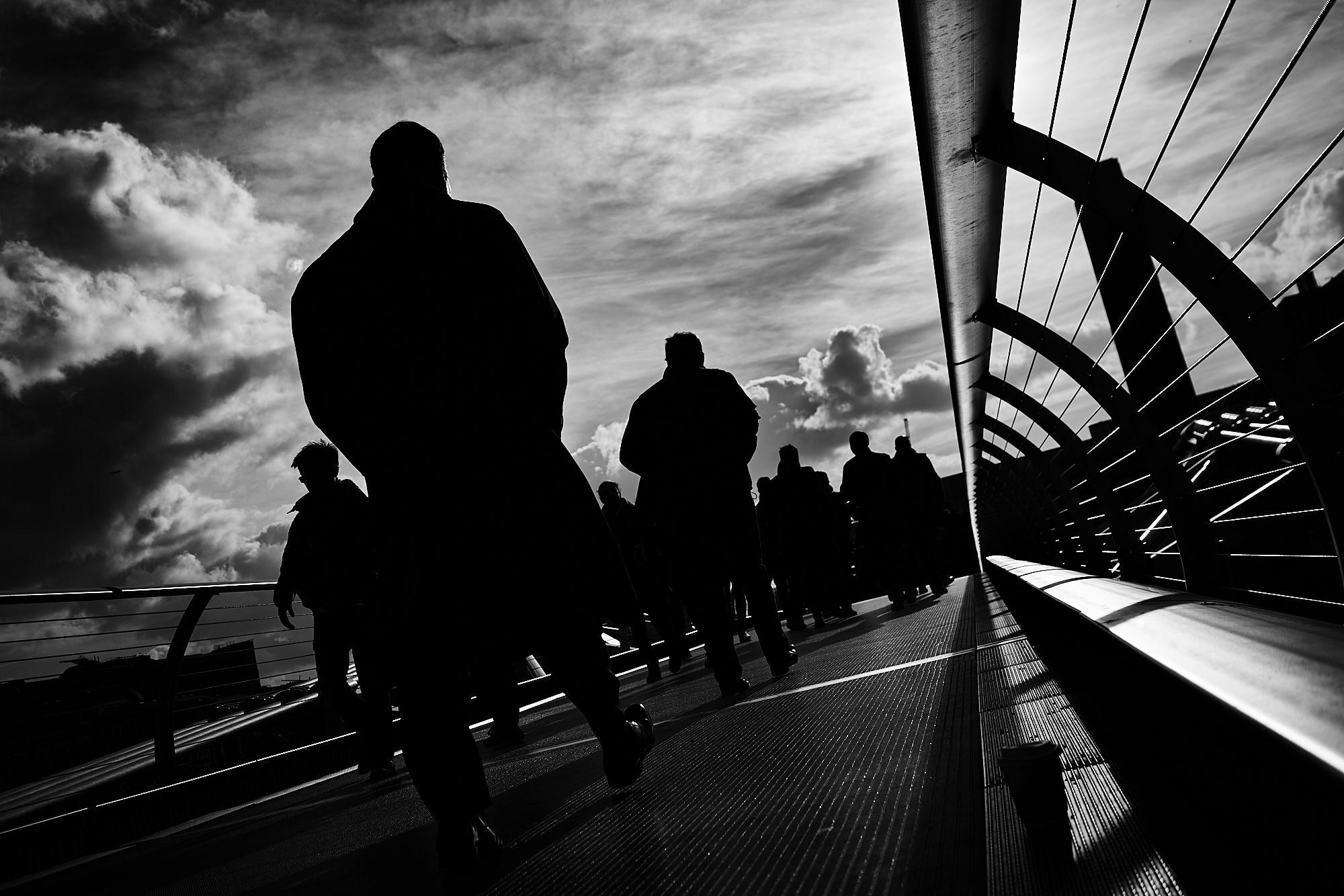 sony a7r street photography london golden eye