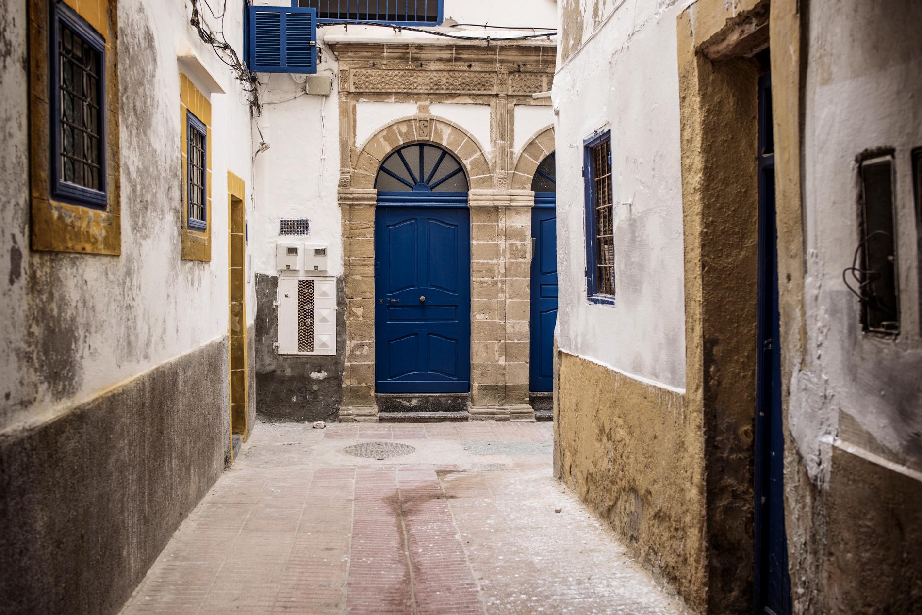 travel photography essouira maroc sony a7r alpha blue city